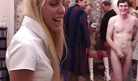 큰 수탉,러시아 장교,드릴에서 침실 우크라이나 성에 젊은 여자